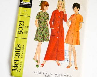 HTF Vintage 1960s Womens Size 14 Robe in Three Versions McCalls Sewing Pattern 9021 UNCUT / b34 w26