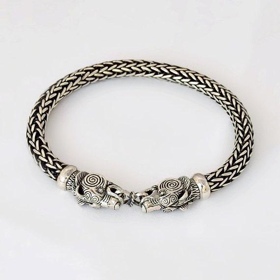 viking bear bracelet viking bear head bracelet wolf head. Black Bedroom Furniture Sets. Home Design Ideas