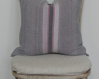 20X20 The Widow's Mite Spring Collection Black Check with pink stripe