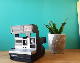 Polaroid Spirit 600 - Tested & Working