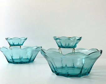 Mid Century Modern Chip and Dip Set in Swedish Modern Aquamarine Pattern by Anchor Hocking, Vintage Blue Glass Serving Dishes for Party