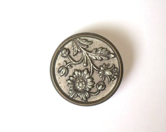 Sunflower Large Metal Picture Button