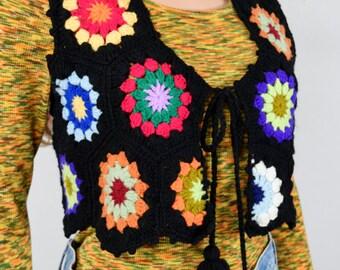 Vintage 1970's Crocheted HiPPiE BoHo Granny Square Circle BoHo Sweater Vest Size M