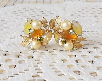 Vintage Kramer Clip Earrings, Berries & Leaves, Art Glass Pearls and AB, High End vintage, 50's Chic, Topaz Yellow Gold, Floral earrings
