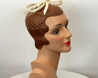 1960s veil hat with bow white wedding hat bridal headpiece ribbon bow