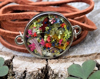 Wrap Bracelet, Real flowers, Suede bracelet, Leather Jewelry, Women accessories, boho, bohemain, hippie, hippie style, nature, terrarium