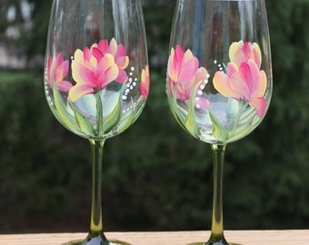 Hand Painted Wine Glasses - Variegated Tulips with Green Stem Glasses (Set of 2)