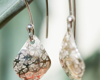 Small silver earrings, Silver leaf earrings, Dangle leaf earrings, Textured silver earrings, Hammered small earrings, Hammered silver leaf