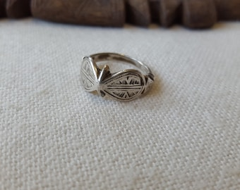 old and fine south morocco / sahrawi silver ring 11