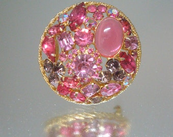 Fabuleux cercle strass rose broche