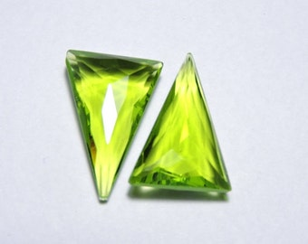 2 Pieces Extremely Beautiful Green Quartz Faceted Triangle Shaped Briolette Size 26X15 MM
