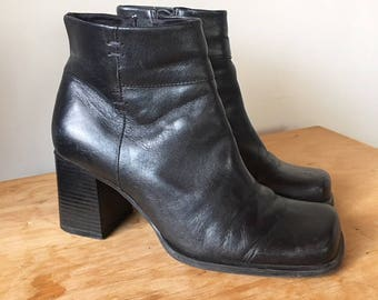Vintage 90s Black Leather High Heel Boots, Chelsea Boots, Zip-Up Boots, Fall Boots, Ankle Boots, Size 7