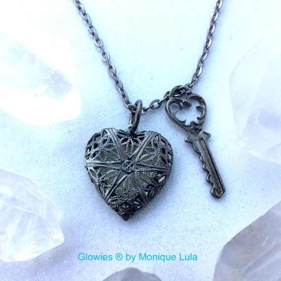 Key To My Heart Glowing Locket Necklace Gun Metal