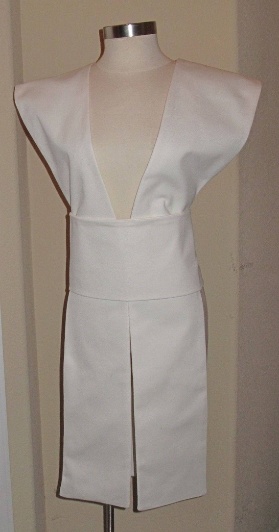 White poplin fabric tabards with sash in 10 sizes