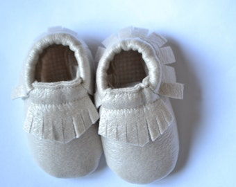 Golden leather loafers with piedipull weft interior for infants and children