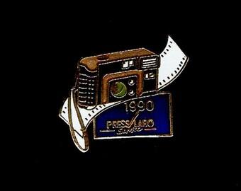 90's Film Camera Vintage Lapel Pin – SOUVENIR