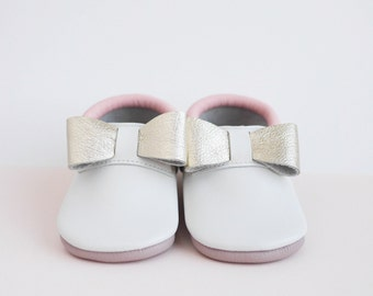 Baby Shoes | Baby Moccasins | Chaussons bebe | Crib booties | Leather Baby Shoes | Baby Shoes | Baptism | Baby Shower Gift | Baby Girl Bebe