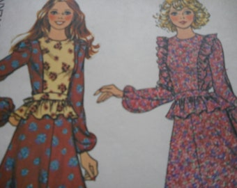 Vintage 1970's McCall's 4231 Dress Sewing Pattern Size 12 Bust 34