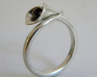Calla Lily Ring: Sterling Silver Ring