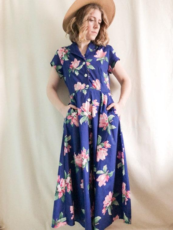 Vintage Floral Sundress // M