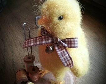 Needle felted chick needle pin keeper