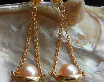 Dangling chain pink fresh water Pearl Earrings