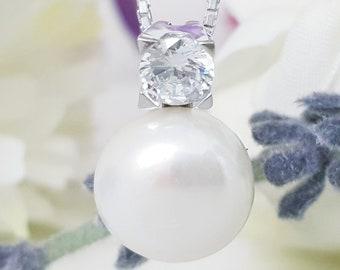 Sterling Silver Pearl drop Pendant