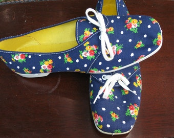 Cute Navy Floral Canvas Summer Shoes - Never Been Worn- Size 6