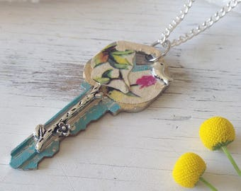 Key Necklace, Key Necklace Pendant, Vintage Key, Key Jewelry, Skeleton Key Necklace, Key Pendant Necklace Jewelry, Giving Key Necklace