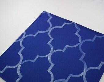12 x 12 ROYAL BLUE quatrefoil cloth napkin, stenciled fabric dinner napkin, reusable table napkins, ready to ship