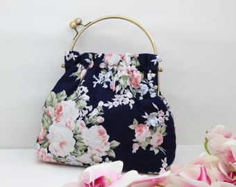 Floral Purse, Clasp Handbag, Floral Fabric Bag, Laidies Accessories, Vintage Clasp Bag, Vintage Style, Summer Evening Bag, Small Purse