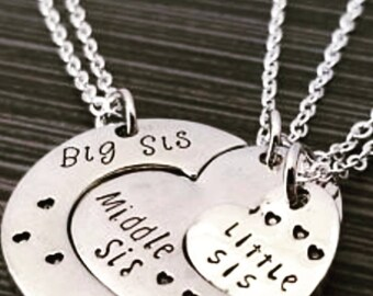 Sisters 3 necklace set