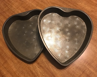 Vintage Ovenex Heart Cake Pans - Set of 2