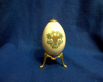 Lennox Autumn Egg and Stand