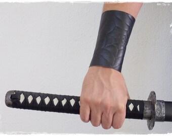 Black Leather Bracer, Fantasy Spiderweb Armguard, Cosplay Bracer, LARP Costume Elven Brace, Spider Clan, Goth Lolita Bracer, Leather Cuff