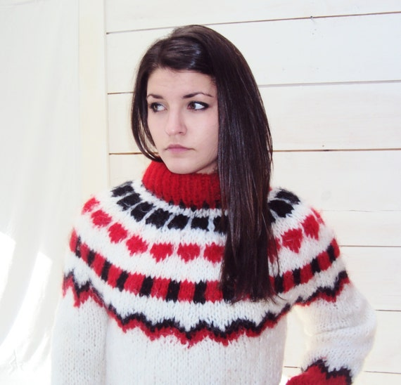 Fair Isle sweater / s / m / vintage 70s /  Fuzzy Wool Pullover Sweater S, /  vintage 70s, red white blue, mohair wool