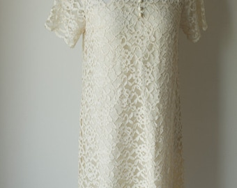 1960s lined shift ivory lace dress with chantilly overlay