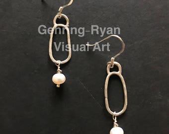 Classic Freshwater Pearl Drop Earring