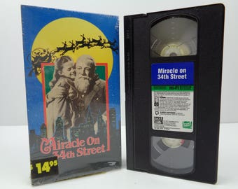 Miracle on 34th Street VHS Tape