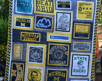CUSTOM T-shirt Quilt - TShirt Quilt - Memory Quilt - Custom Quilt - College Quilt - Graduation Gift -  Made to Order - Deposit