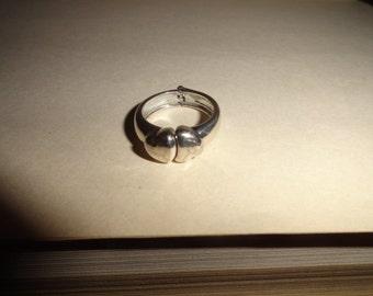 Size 7 Vintage Metal Ring statement ring-ring- vintage ring- ring gift- vintage rings- -- ring- rings--unique ring-multi gemstone ring