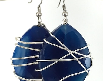Wire wrapped earrings - Modern earrings - Navy blue earrings - Blue statement earrings