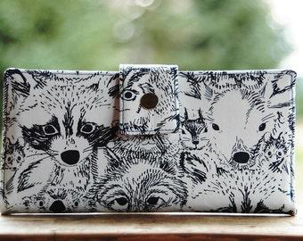 Raccoon gift idea, vegan wallet, women wallet, wallet for women, animal lover gift, cute wallet, travel wallet, women's wallet