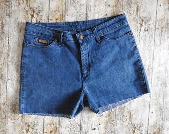 90s Wrangler denim shorts