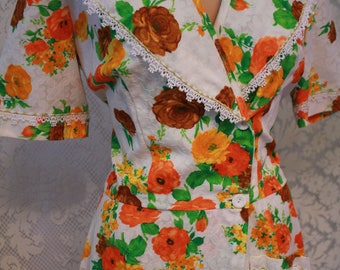 Vintage Vibrant 1950s House Dress with Textured Fabric and Lace Trim
