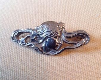 Vintage Art nouveau styled brooch