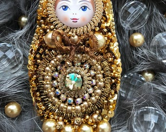 Matryoshka, babushka, Russian doll brooch
