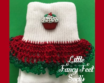 Christmas Cupcakes Socks - Girls Large (shoe size 3-10)