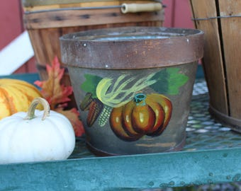 Handpainted Wood Basket, Primitive Style Basket, Marbleized Wood Basket, Small Bushel Basket with Liner, Fall Decor, Porch Decor