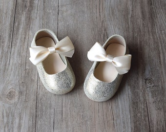 Baby Girl Shoes, Gold Toddler Girl Shoes, Flower Girl Shoes, Gold Baby Shoes Girl, First Birthday Outfit, Sparkle Baby Shoes, Gold Shoes